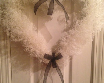 Natural Dried Baby's Breath Heart Wreath