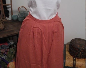 Vintage Skirt with Pockets