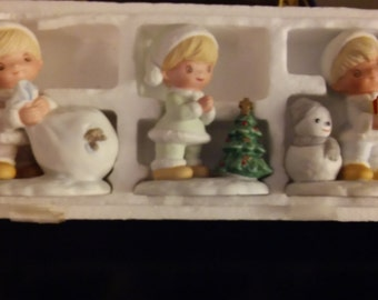 HOMCO Vintage 3 pc set Christmas Figurines #5613