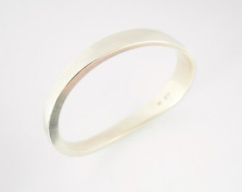 Hand forged 925 silver hinged bangle