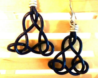 Earrings leather Celtic triangle