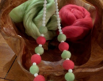 Watermelon wool and shell necklace