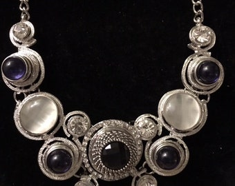 Pretty Snap Necklace with six black snaps for women and teens
