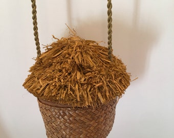 Cappelli  Straworld  Straw Purse ~ Dorfman Pacific ~ Straw House with Thatched Roof Design ~ Small Straw Purse ~ Vintage
