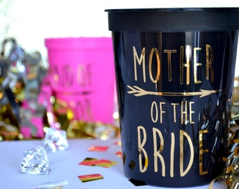 16 Oz 'MOTHER of the BRIDE' Cups Sister Grandma Cousin Brother Custom Bridal Party Favors Wedding Bridesmaid Gifts Engagement Shower