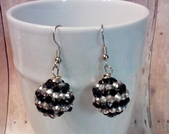 Dangle earrings in black and silvertone bling