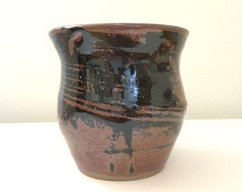 Earthen-ware Miniature Vase