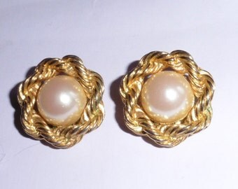 Genuine Soleil clip on vintage earrings gold plated