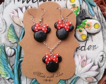 Disney Minnie Mouse Earrings & Necklace Set