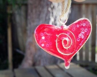 Swirl heart pendant