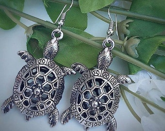 Turtle Earrings / Sea Turtle Earrings / Earrings / Animal Earrings / Silver Earrings / Cute Earrings
