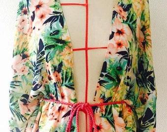 Tropical printed kimono