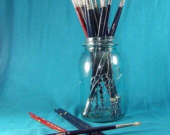 Vintage Artist Acrylic/Oil Paint Brushes