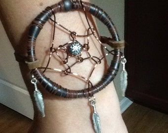 "2"" Wire Dreamcatcher Bracelet"