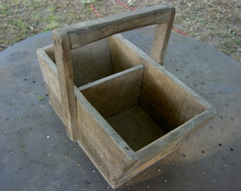 Beautiful basket vintage wooden