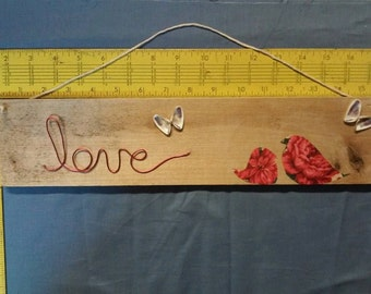 Love wall hanging with birds