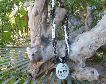 garnet mo of pearl jade 18 in