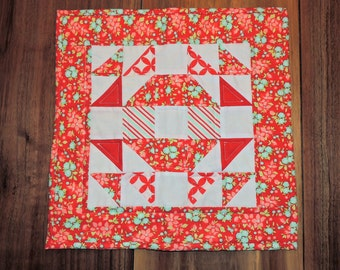 "Quilted candle mat 14"" x 14"""