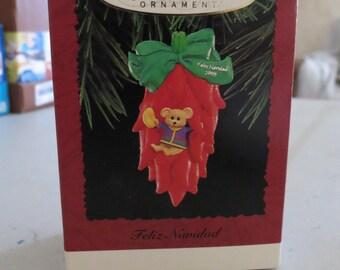 Vintage Hallmark Keepsake Ornament, Feliz Navidad, 1995