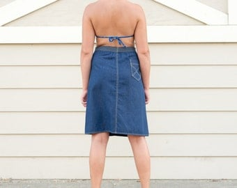 Cute vintage denim high-waisted skirt