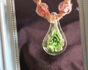 Handmade Hemp Necklace Green Flower Pendant