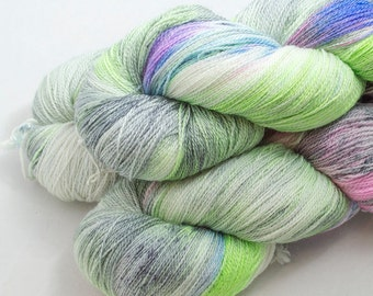 Achlys on Catwalk, lace weight handdyed yarn, indie, indiedyed, 17.5 micron merino, silk