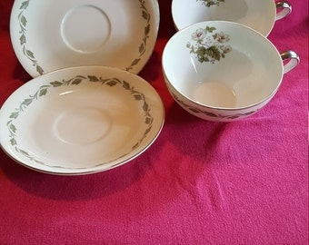 FLAIR China Set of 2 Cups And 4 Saucers