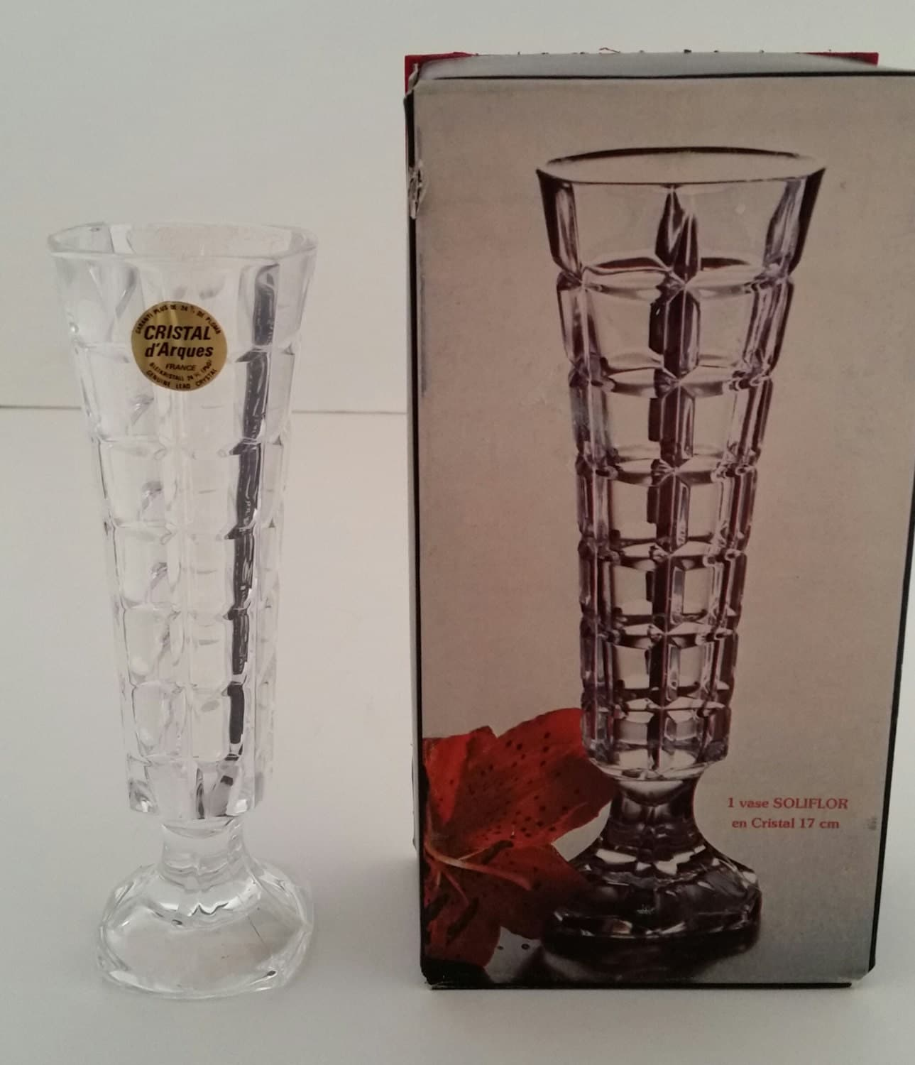cristal d 39 arques soliflor bud vase 24 lead. Black Bedroom Furniture Sets. Home Design Ideas