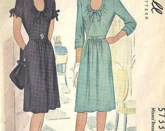 "1944 WW11 Vintage Sewing Pattern B34"" DRESS (1742) McCall 5733"