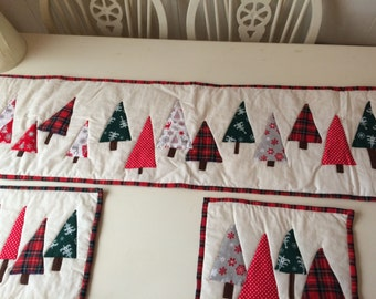 Handmade christmas table runner and placemats