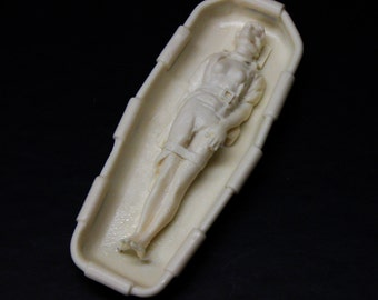 1:25 G scale female patient in Stokes fire truck rescue basket