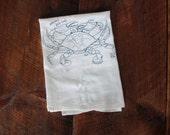 Maryland Blue Crab Tea Towel, Crab Towel, Kitchen Towel, Apartment dish Towel, White Cotton Dish Towel, Housewarming Gift