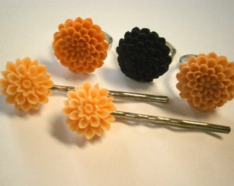 Clearance Sale 3 Rings and 2 Bobby Pins Resin Flowers, Willow Glass