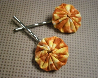 YoYo Pinwheel Fabric Bobby Pins in Orange and Pink Bobbi Pins, Hair Accessories, Willow Glass, OOAK