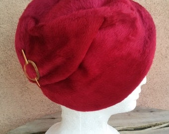 Vintage 1950s Hat Wool Calot Ruby Red Cloche 50s Fashion