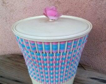 Vintage 1960s Curler Basket Hamper Plastic Wastebasket 201641