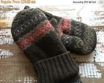 30%OFF SUPER SALE- Fair Isle Mittens- Women-Teens-Eco Friendly- Wool Mittens-