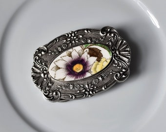 Recycled China Belt Buckle - Garden Bouquet