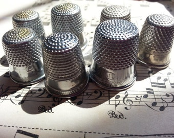 Eight Vintage Sewing Thimbles. Metal. Jewelry Sewing Supplies. Steampunk. lot II