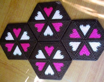 Hexagon Hearts Coaster/Candle Mat Set of Four Kitchen Home Decor Plastic Canvas