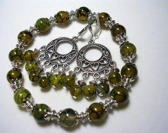 Green Dragons Vein Agate and Chandelier Earrings Stretchy Bracelet Leverback Hooks