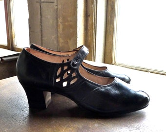 1920s Unworn Peters Diamond Brand Flapper Girl Mary Jane Shoes