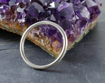 Simple Sterling Silver Stacking Ring - Smooth Texture Size 7