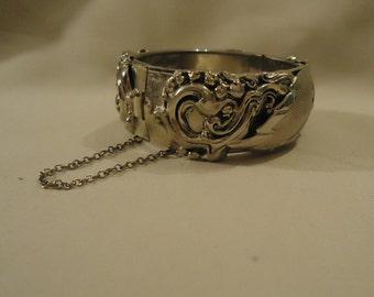 Beautiful Gold Baroque Style Bracelet