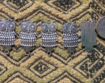 Five 38mm Antique Silver Owl Link Pendants