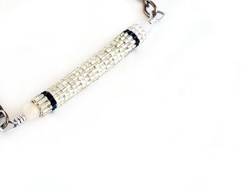 Beaded Bead Necklace // Silver and Black // Seed Beads // Beadwork