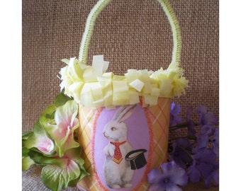 Easter decoration bunny rabbit hare Oschter Haws home decor Spring Equinox Ostara basket treat pail candy bucket
