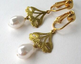Art Nouveau Pearl Clip-on Earrings, White Pearl Teardrop Clip Earrings, Golden Leaves Dangle, Gold Ear Clips Bridal Clipons Rossetti's Bride