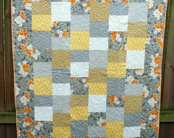 Retro Yellow and Gray Quilt Blanket Throw