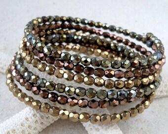 Glass Beaded Bracelet - Beaded Bracelet - Glass Beaded Bracelet - Memory Wire Bracelet - Metallic Beaded Bracelet - Oval Memory Wire